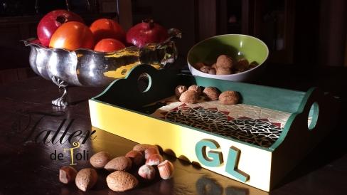 bandeja acrilico mosaiquismo salta frutos bosque nueces