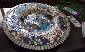 Centro de mesa. Revestido con mosaiquismo