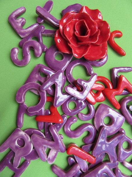 letras y numeros en ceramica